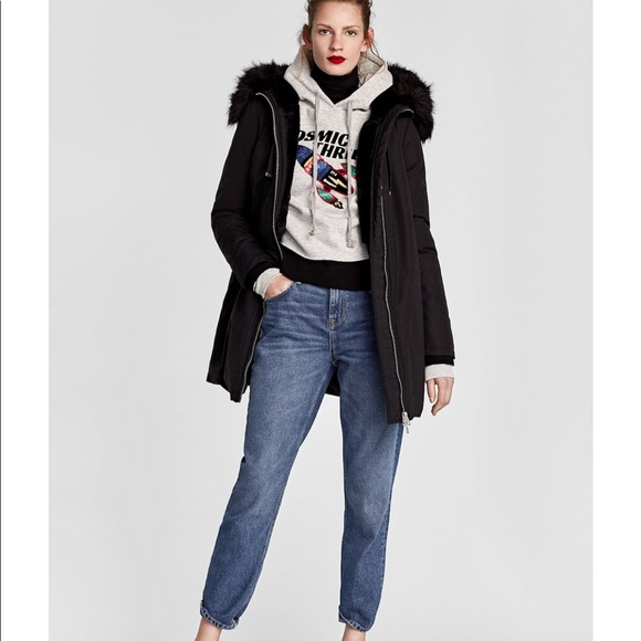 c9b67c15 Zara water repellent parka with faux fur no hoods.  M_5b99a117bf7729d534ae329b
